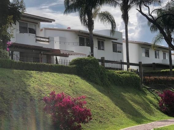 Amplia E Iluminada Casa En Venta En El Faro, Juriquilla
