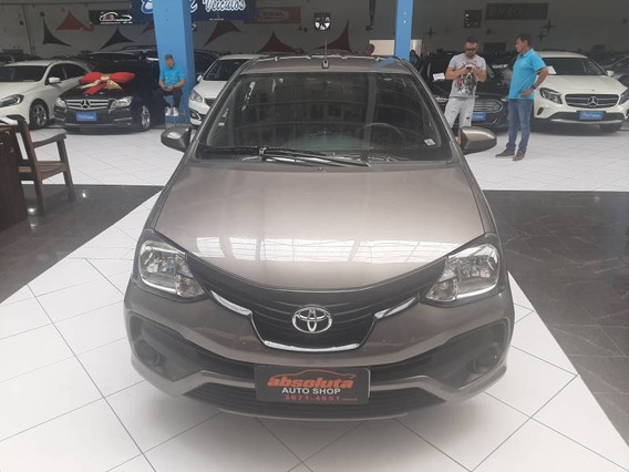 Toyota Etios Sedan 1.5 4p Automatico