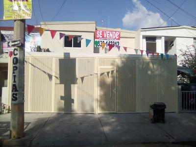 Casa En Zapopan En Excelente Ubicación