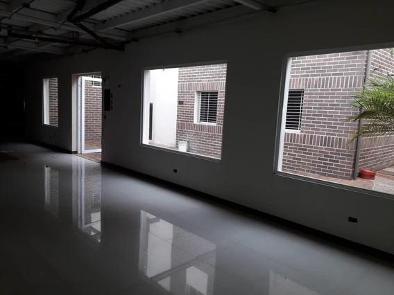 Se Alquila Edificio 1140m2 Santa Mónica