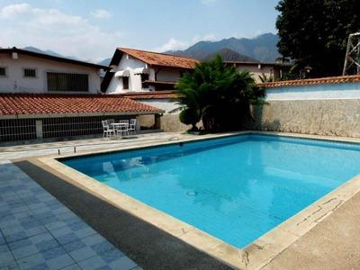 Casa En Venta En El Castaño.. 18-12912.. Jb