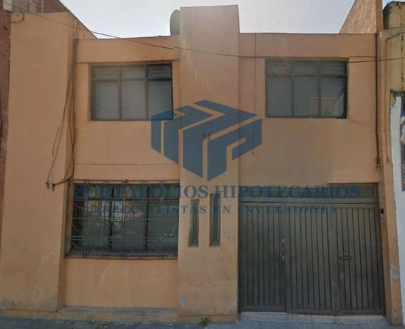 Casa De 2 Niveles Adjudicada, Lista Para Escritura