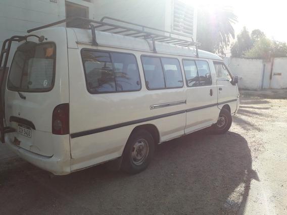 Hyundai H100 2.5 15 Pas Spr Minibus 2001
