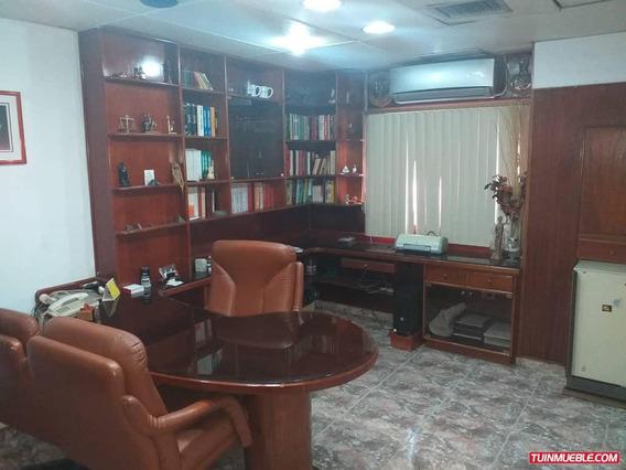 Oficinas En Venta En El Centro De Maracay 04121994409