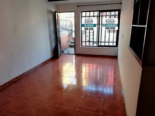 Casas En Venta La Carola 918-231
