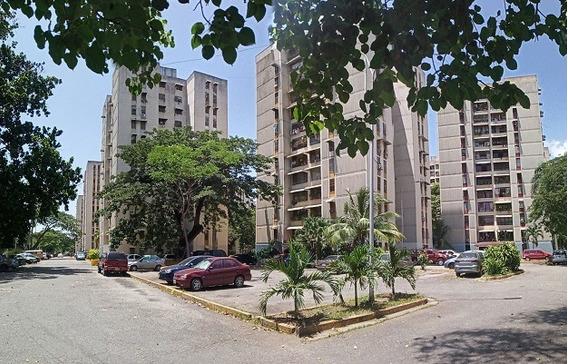 Apartamento Los Samanes, Charallave