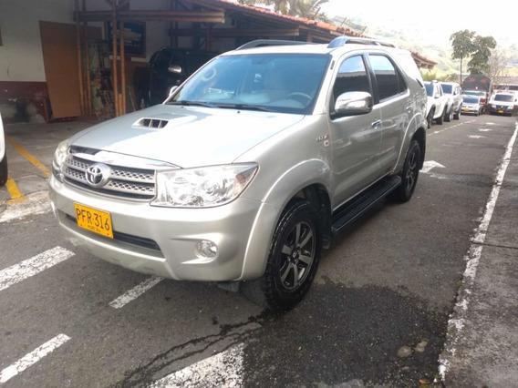 Toyota Fortuner 3.0 Diesel 4x4 Aut