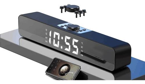 Digital Reloj Alarma Con Bocina Bluetooth , Y Radio Fm.