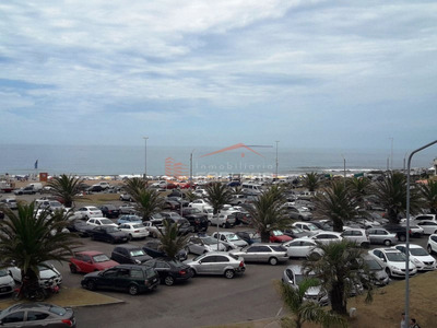 Local En Punta Del Este , Peninsula - Ref: 21752