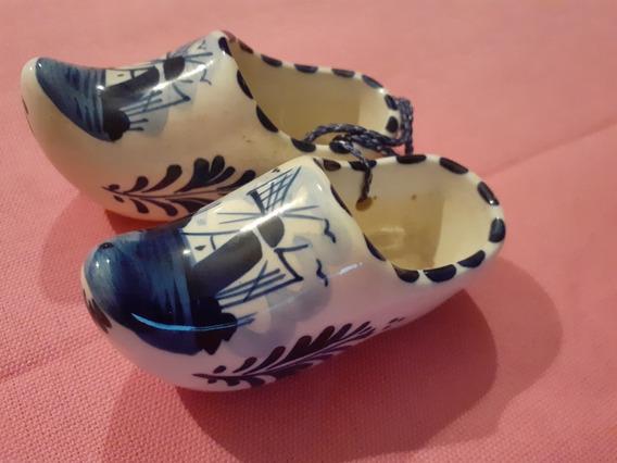 Par De Zueco Holandeses Porcelana Delft Blue