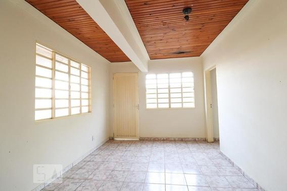 Apartamento No 1º Andar Com 2 Dormitórios E 1 Garagem - Id: 892953649 - 253649