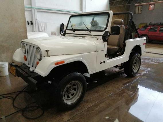 Vendo Jeep Renegade Cj7