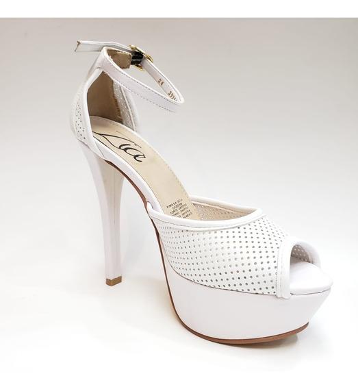 Sandalia De Moda Perforada Plataforma