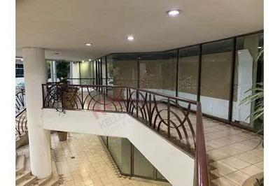 Oficinas En El Centro De Monterrey