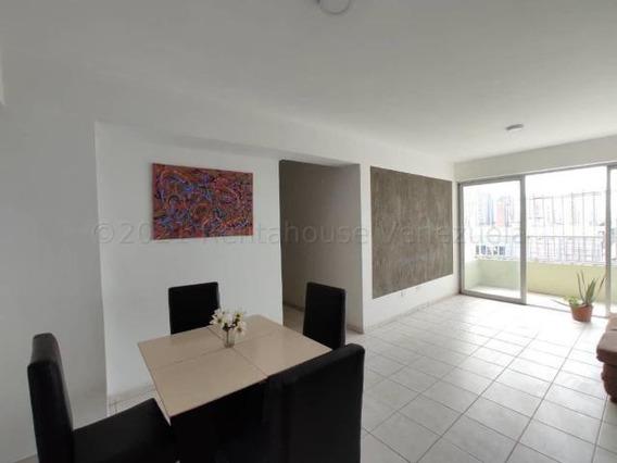 Apartamento En Venta En Centro De Maracay Cod 21-12236