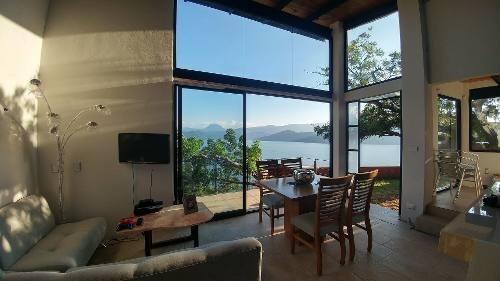 Situada En San Gaspar Con Excelente Vista Al Lago