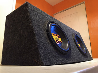 Cajón, Bajos 10 Pulgadas Hls Y Amplificador Memphis
