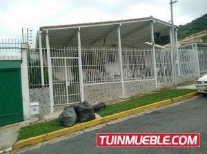 Casas En Venta Trigal Sur Valencia Carabobo 19-1709 Yala