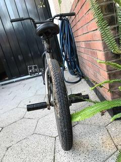 Bicicleta De Acrobacias Vmx Gris