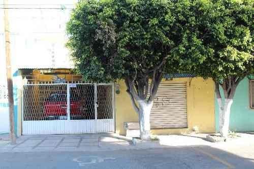 Casa Sola En Venta En Emeteria Valencia, Celaya, Guanajuato