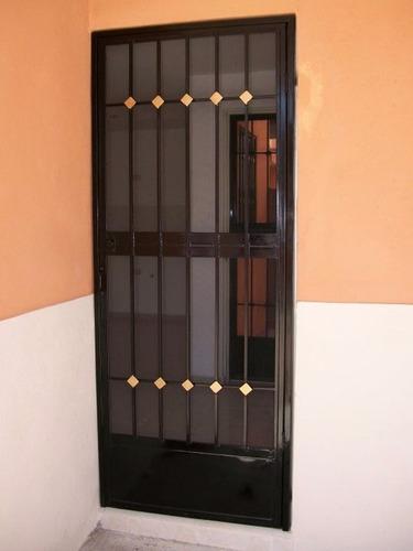 Imagen 1 de 1 de Puerta Mosquitera Pmml01