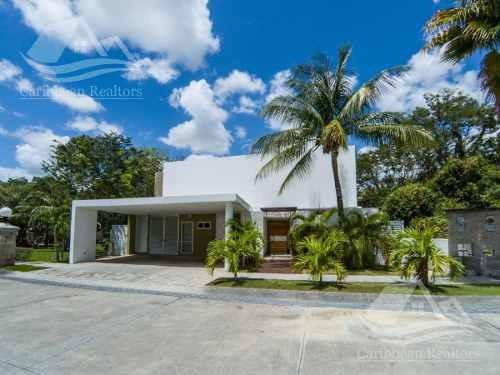 Casa En Venta En Villa Magna Cancún