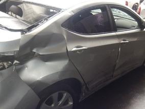 Sucata Hyundai Elantra Gls 1.8 16v 2013 Peças
