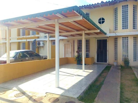 Imponente Apartamento En Venta Cagua 20-18791 Ejc Maracay