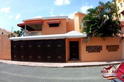 Hermosa Casa En Residencial Exclusivo