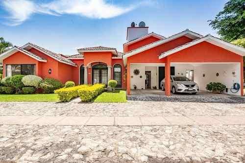 Renta De Casa En Fracc. Con Vigilancia, Sumiya Jiutepec, Morelos...clave 2925