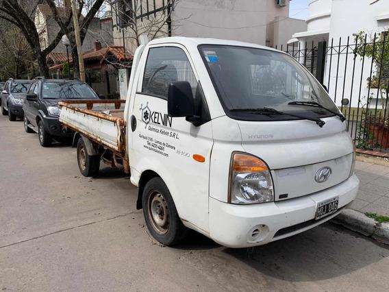 Hyundai Con Detalles H-100 2.4 Premium Solo Caja Con Oxido