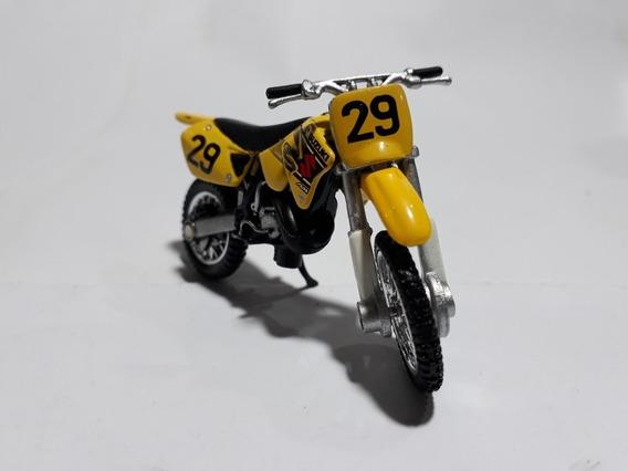 Moto Suzuki Rm 125 -dtc-escala 1:32-studio Vso 64