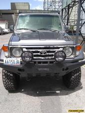 Toyota Macho Land Croiser