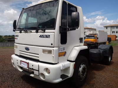 Ford Cargo 4532 2010 4x2