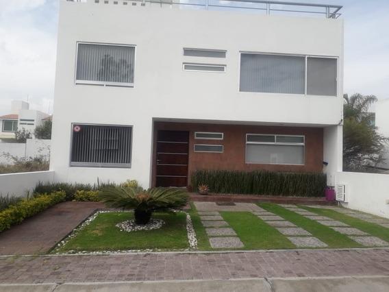Querétaro, El Refugio, Casa En Venta!