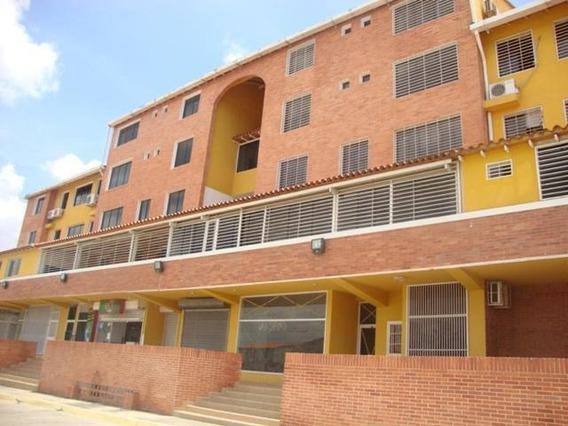 Apartamento En Venta Centro Cabudare Rah: 19-12476 Mv