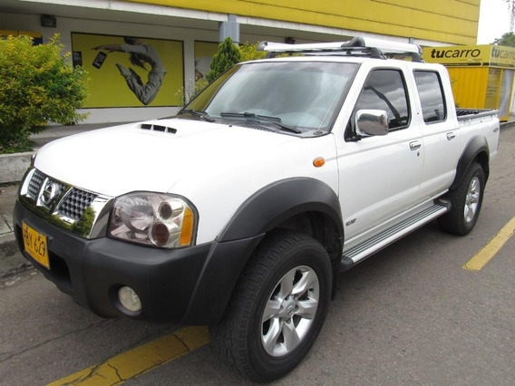 Nissan Frontier Np 300 Mecánica 2.5 Diésel Doble Cabina 4x4