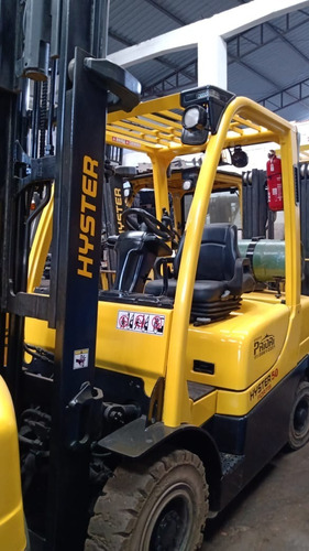Empilhadeira Hyster H50ft Glp T3e 2014  2,5 T 4.8 M Repasse