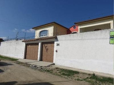 Residencia En Cacalomacan Toluca,con Alberca
