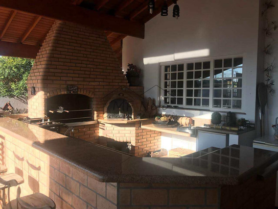 Casa Com 4 Dorms, Centro, Pirassununga - R$ 1.2 Mi, Cod: 10131592 - V10131592