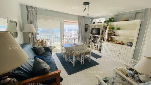 Venta De Apartamento Dos Dormitorios Punta Del Este Con Vista Al Mar-ref:28679