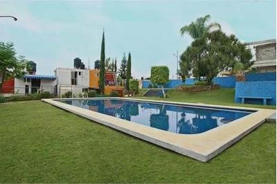 Se Vende Casa En Condominio Con Alberca En Lomas Tzompantle Al Norte De Cuernavaca