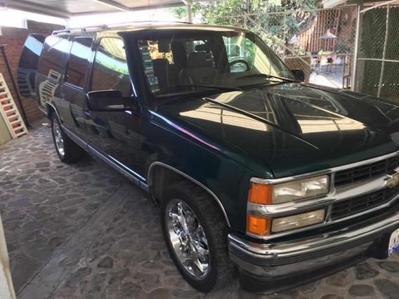 Chevrolet Suburban Lte