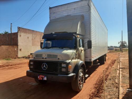Imagem 1 de 8 de Mercedes-benz  Caminhao Toco Baú