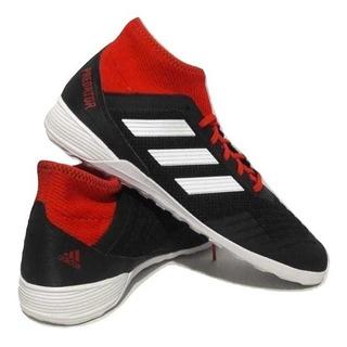 Chuteira adidas Predator Tango 18.3 - Futsal - Preta