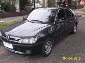 Peugeot 306 Xr Sedán 1.8 2000 Excelente Estado