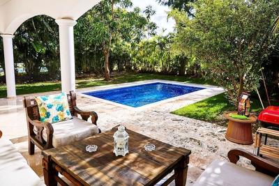 Cocotal Villa Tropical Vacation Rental