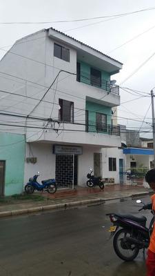 Sc Vende Edificio Medianero B/ La Granja- Montería