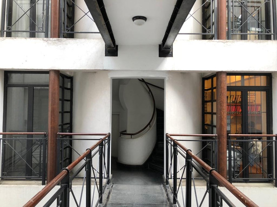 Oficina En Edificio Clasico Excelente Ubicacion