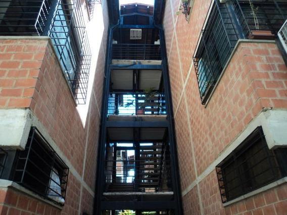 Apartamentos En Venta En Guarenas 20-5301 Adriana Di Prisco